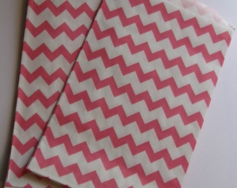"Set of 10 Pink and White Chevron Design Middy Bitty Bags (5"" x 7.5"")"