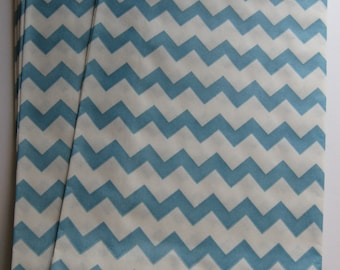 "Set of 20 Aqua and White Chevron Design Middy Bitty Bags (5"" x 7.5"")"