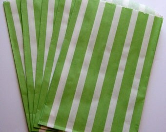 "SALE - Set of 20 Green and White Vertical Stripe Design Middy Bitty Bags (5"" x 7.5"")"