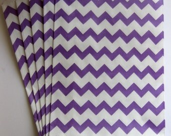 "Set of 20 Purple and White Chevron Design Middy Bitty Bags (5"" x 7.5"")"