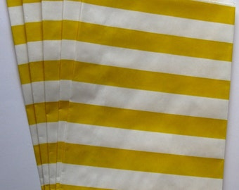 """Set of 10 Yellow and White Horizontal Stripe Design Middy Bitty Bags (5"""" x 7.5"""")"""