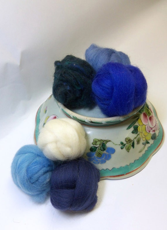 Wool roving for needle felting, fiber assortment, sampler Wooly Buns in The Blues, 1.5 oz