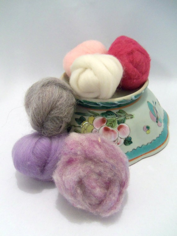 Wooly Buns loose wool roving assortment in Pink Carnation, 1.5 oz, fiber sampler, wool assortment for needle felting