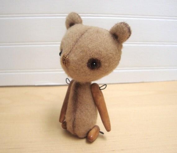 Artist Bear - Melba - 4 inch Miniature