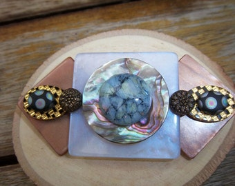 Vintage Mixed-Media Pin Brown & Green Mother of Pearl Lucite Stone