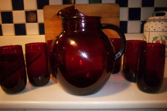 Vintage Set of 6 Ruby Red Glasses & Pitcher by Anchor Hocking