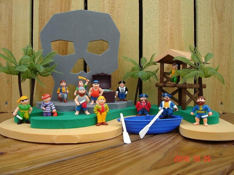 Vintage 90s Pirate Island Play Set Pirate Birthday Party