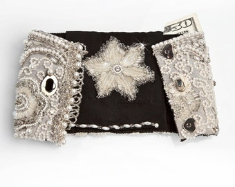 Crystal White Bracelet Wallet - Queen Anne's Lace