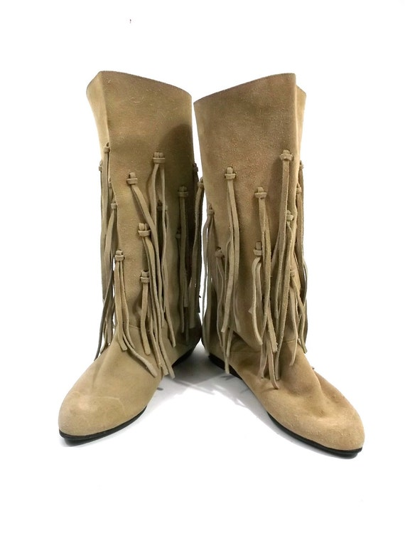 FRINGE Leather SUEDE Tan Boots // womens size 6 // made in italy // moccasin boots