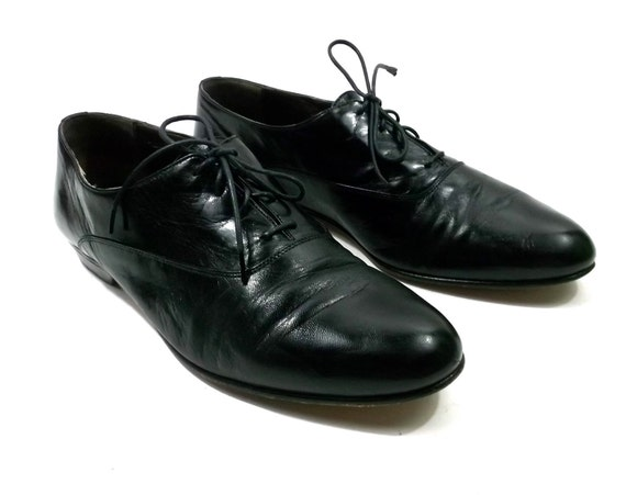 Black Leather Mens shoes size 10 // oxford // dress // lace up // wing tip // 1980s