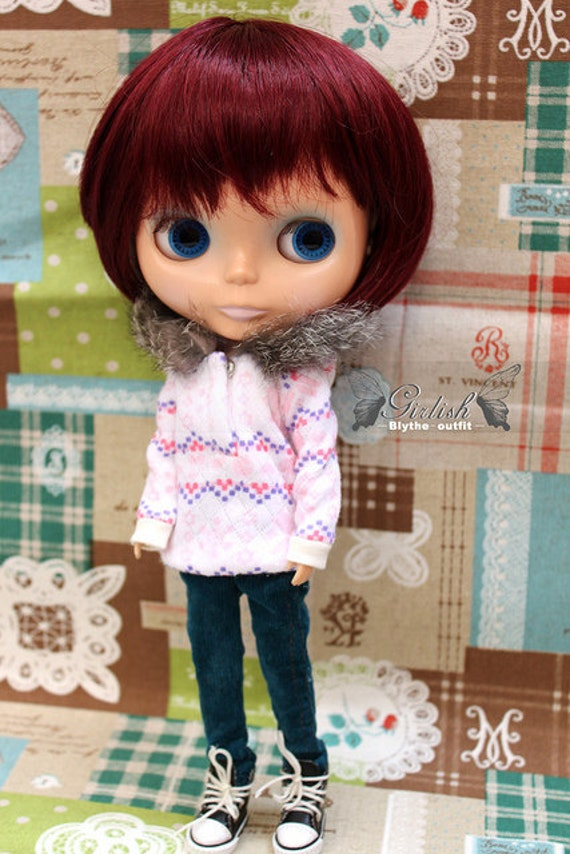 Snowflake sweater with fluffy hat for Blythe