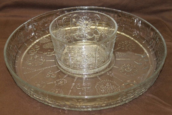 Crystal chip and dip bowl and tray