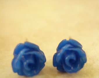 Blue MIni  Petite Rose Cabochon Stud Earrings Set On Sterling Silver Post 6mm