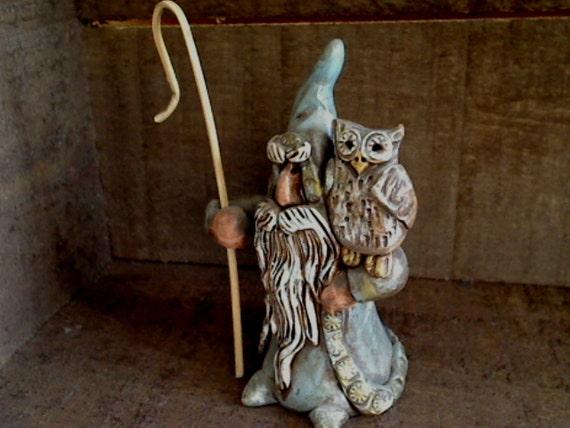Wizard Figurine | Halloween Decor | Enchanted Realm Wizard with Staff and Owl | Vintage 1982 Minature Figurine | Fairy Garden | OOAK