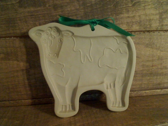 Brown Bag Cow -- Clay Stone Cookie Mold -- 1986 -- Retired