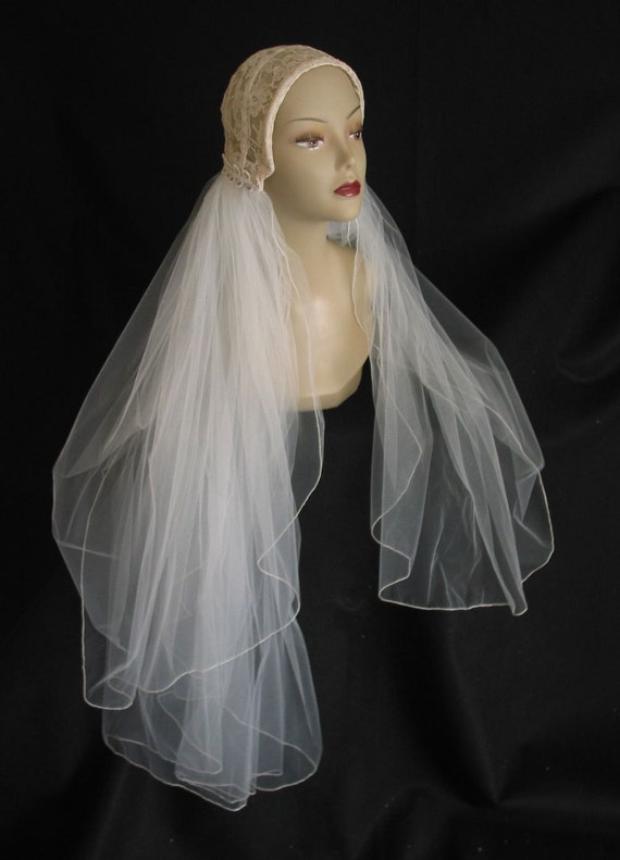 Vintage 1950s Wedding Beaded Lace Juliet Cap Headpiece Veil