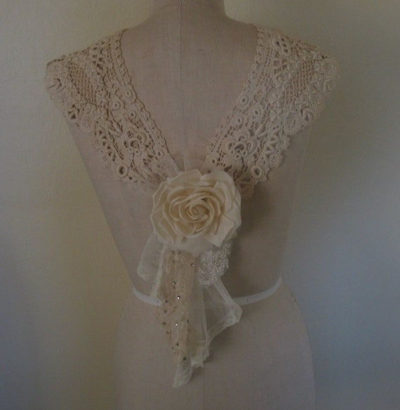 Antique Lace Collar with Rose Swag Brooch