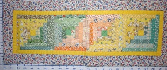 Log Cabin Aunt Grace 30s reproduction fabrics scrappy quilted table runner-9 by 24 inches-green yellow peach FREE SHIPPING