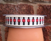 Queens Guards / Soldiers Ribbon - 15mm - Price per Metre