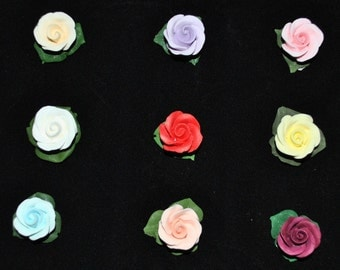 20 Gumpaste Garden Roses Buds Flower Blossoms Sugar Fondant Cake Cupcake Topper with Royal Icing Leaves (set of 20)