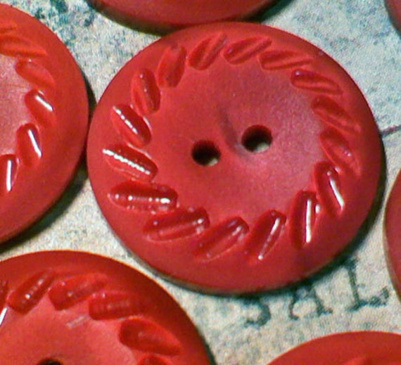 7 Vintage Red Plastic Buttons Carved Pinwheel Border 11/16 Inch 17mm