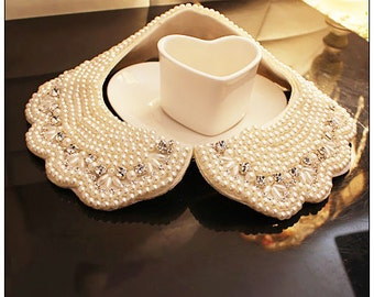 Beautiful Ivory Pearl  Rhinestone Ruffle  Peterpan collar