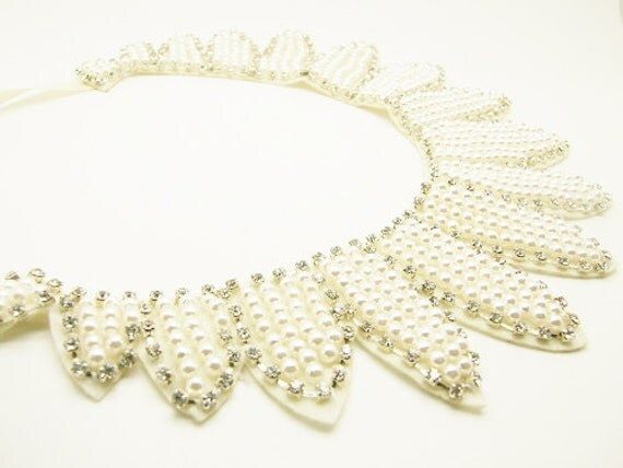 Palm leave Ivory Pearl & Rhinestone embroidery Collar Necklace