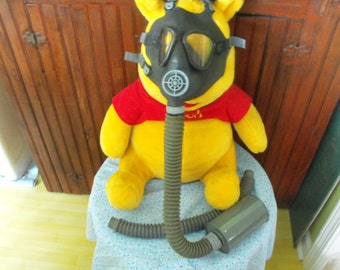 U.S Military WW2 Gasmask With Extra Tube