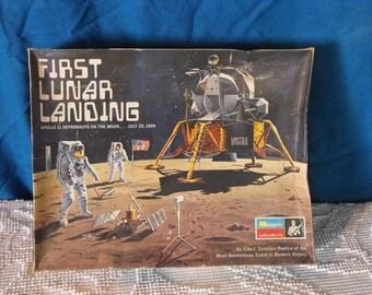 Vintage 1970 First Lunar Landing Apollo 11 Model Kit 1/48 Scale Kit No. 6872
