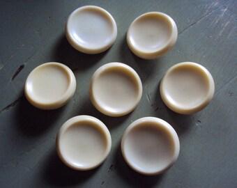 7 Vtg. Shank Buttons Lucite Bakelite Plastic Buttercream Ivory Eggshell