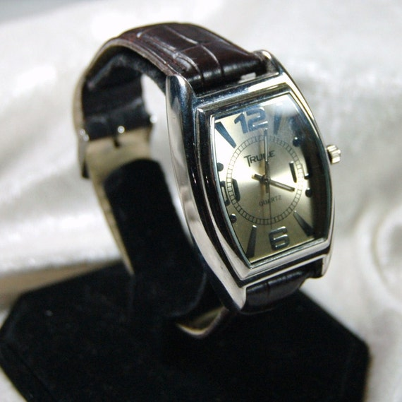 Vintage  Men's Quartz Watch by Truce - Cleaned and Working - Vegan