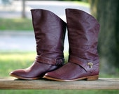 vintage burgundy faux leather lock and key fashion cowboy boots (7)