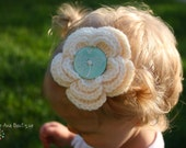 Crochet flower clip/ barrette in ivory and mint button - organic cotton