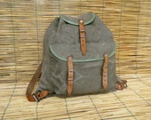 Vintage 1940's Army Little Washed Out Green Canvas Backpack