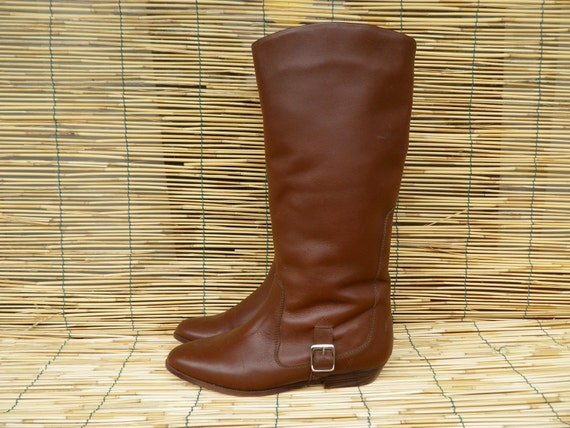 Vintage Lady's Brown Leather Zip Up Knee High Boots  Size EUR 39 US Woman 8 1/2