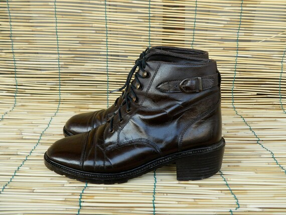 Vintage Lady's Brown Leather Lace Up Ankle Boots Size EUR 36 / US Woman 6