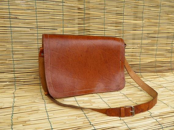 Vintage Lady's 1980's Light Brown Leather Bag
