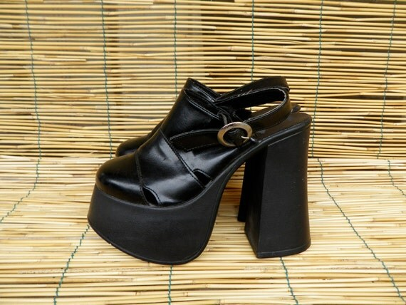 Vintage 1980's Lady's Black Faux Leather Platform and Heel Sandals Wedges  Size: EUR 35 / US Woman 5 1/2