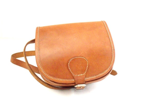 Vintage Tan Brown, Leather Satchel/cross Body/Messenger Bag circa 1970s.