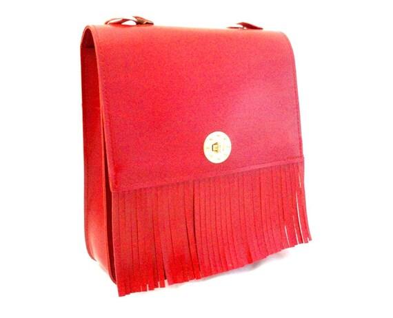 Vintage, Red Leather Handbag/Shoulder Bag/Purse with leather fringe.