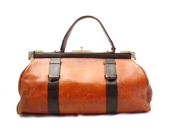 Vintage, Amber Brown Leather Doctors Bag/Handbag circa 1950's.