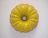 RESERVED Vintage Yellow Sunset BUNDT Pan