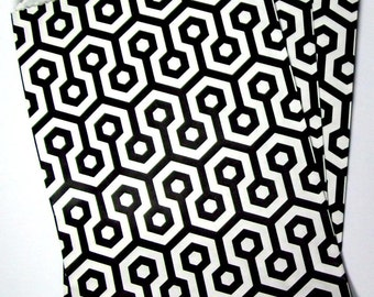 10 black and white goodie bags, treat bags, party favor bags, geometric design bags, 5 x 7 paper bags