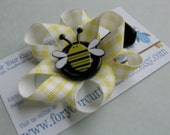 For Your Cutie Patootie Summer Bugs Series      Adorable Handmade Bumble Bee Non Slip Hair Clip