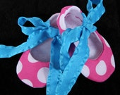 Crib shoes, ballet booties, baby and childrens shoes, pink, white and aqua polka dot