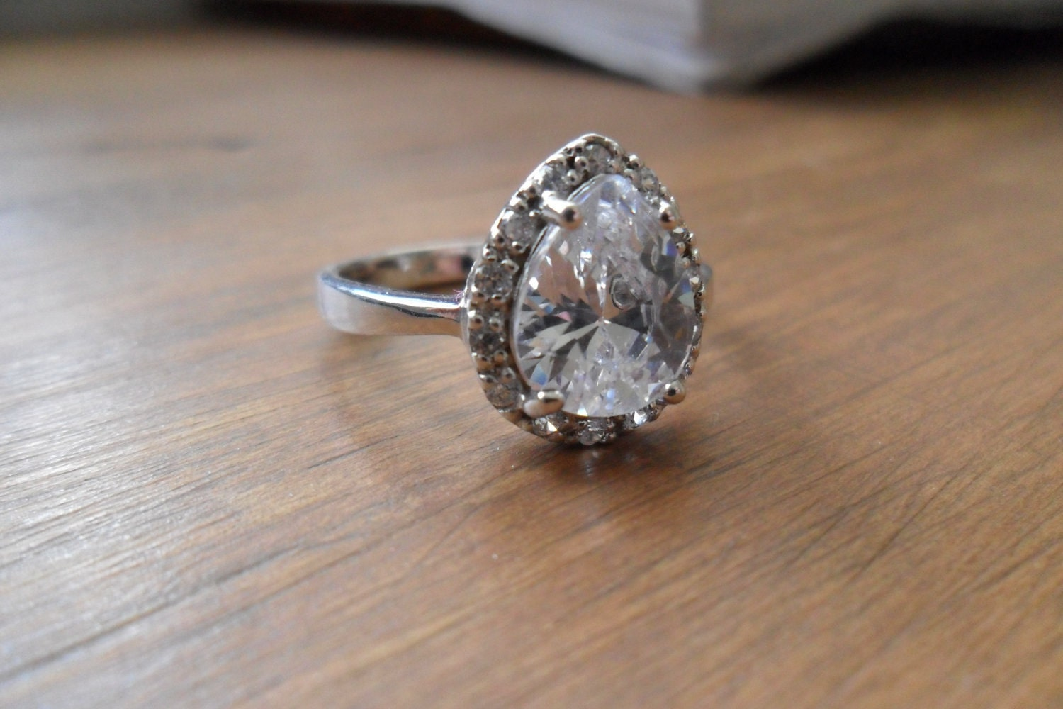 Vintage Pear Shaped Faux Diamond Engagement Ring Size 9
