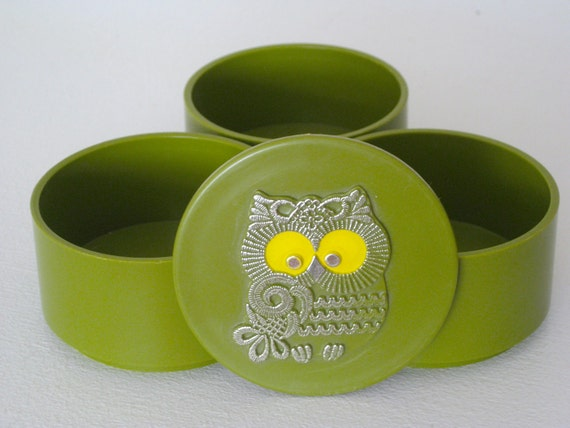 Cute Small Stackable Vintage Canister With Embossed Mod Owl On the Lid