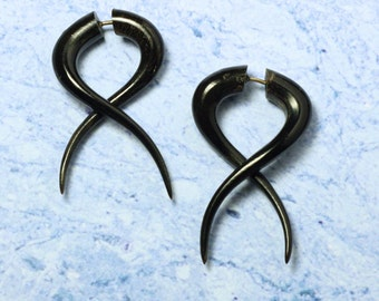 Fake Gauge, Black Horn, Simple Twists Earrings, Handmade, BOHO, Organic, Split, Cheaters, Eco Friendly, Plugs - H19