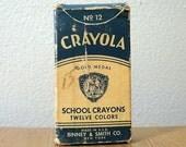 Crayola Gold Medal School Crayons Birney & Smith 12 Damaged