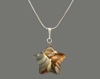 Seashells Glass Star-shaped Pendant